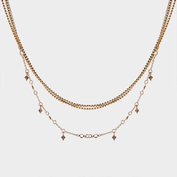 Un collier étoile qui sera idéal pour votre femme.